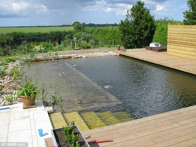 build a cheap above ground swimming pool